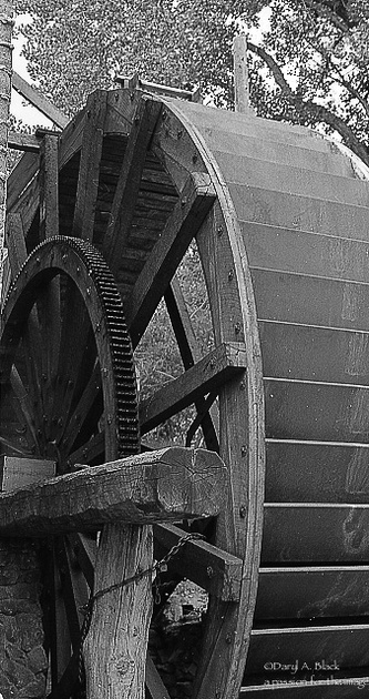 Golondrinas images - mill wheel